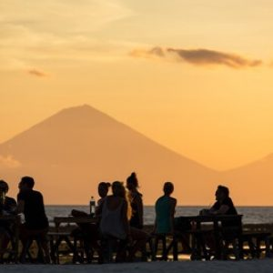 Tourists in the restauran @Gili T