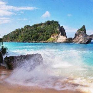 Pantai_Atuh – Nusa Penida