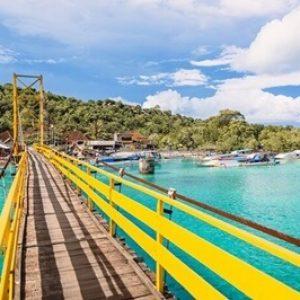yellow bridge @Lembongan