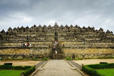 Day 2: Borobudur Temple - City Tour - Transfer Out
